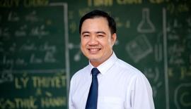 Thầy Phan Thanh Hiền - Chủ nhiệm lớp 12ATN