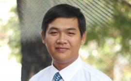 Thầy Thân Ái - Chủ nhiệm lớp 12A4