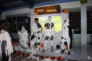 Lễ hội hóa trang Halloween của học sinh Quang Trung Nguyễn Huệ