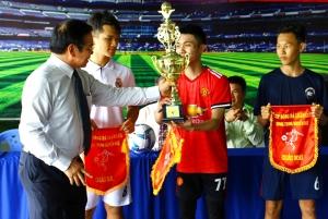 Cúp bóng đá luân lưu Quang Trung Nguyễn Huệ 2016 - 2017