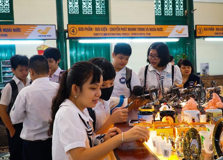 Học tập trải nghiệm ngoài nhà trường - Sài Gòn quen mà lạ, là mà quen